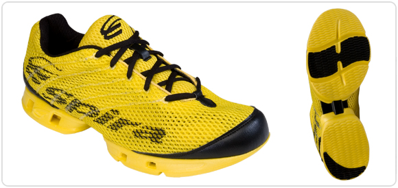 The Stinger Elite is a light weight racing flat as well as a cushioned